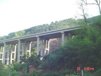 bridge yunnan.jpg