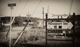 Rossport Inn Sign-1