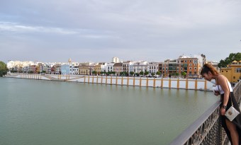 en route to the Lonja del Barranco market in Sevilla