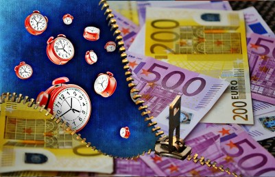time-is-money-1552762_1280