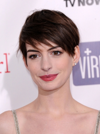 "LOS ANGELES - JAN 10:  Anne Hathaway arrives to the ""Critic's Choice Awards 2013  on January 10, 201"