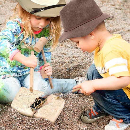 ArtCreativity-Pirate-Treasure-Dig-Kit-for-Kids-3