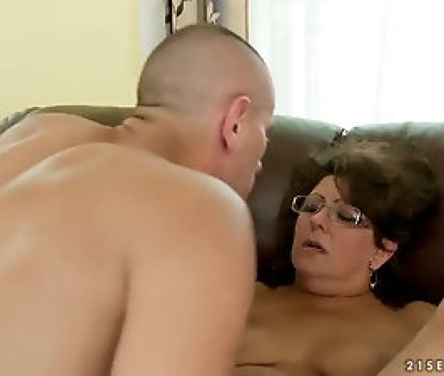 Mature Woman Loves Youngsters Who Make Her Hairy Twat Wet