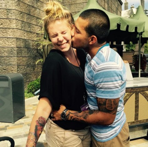 kailyn-lowry-javi-marroquin-beach-01