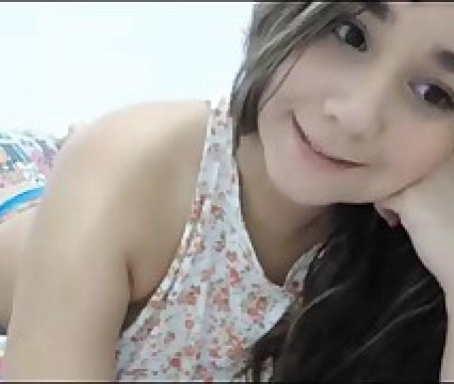 Very Sexy Cute Teenage Posing On Camera