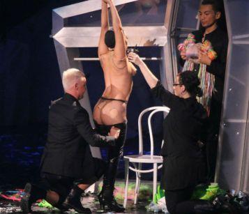 Оп-па, Гага гола