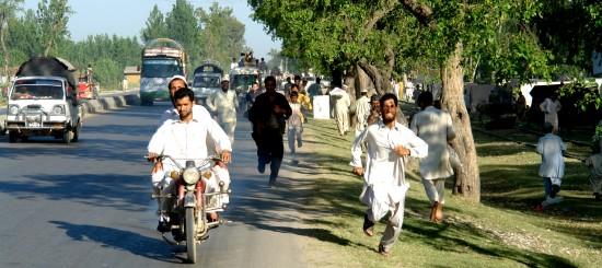 Roadside Refugees Running for food