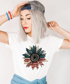 Red, White and Blue Sunflower Shirt, Women's 4th Of July Tee, July 4th T-Shirt, America Shirt, Patriotic Tee Fourth of July
