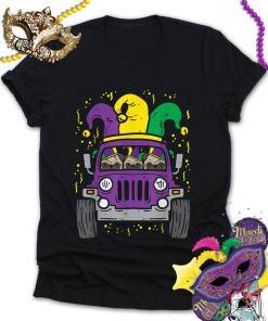 Mardi Gras Monster Truck Jester Pug, Carnival Dog Owner Boys Classic Shirt, Dog Lover Shirt