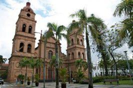 Santa Cruz de la Sierra main square church