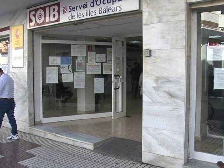 02/03 Baixa l'atur a les Pitiüses en febrer amb 1.100 aturats menys que fa un any