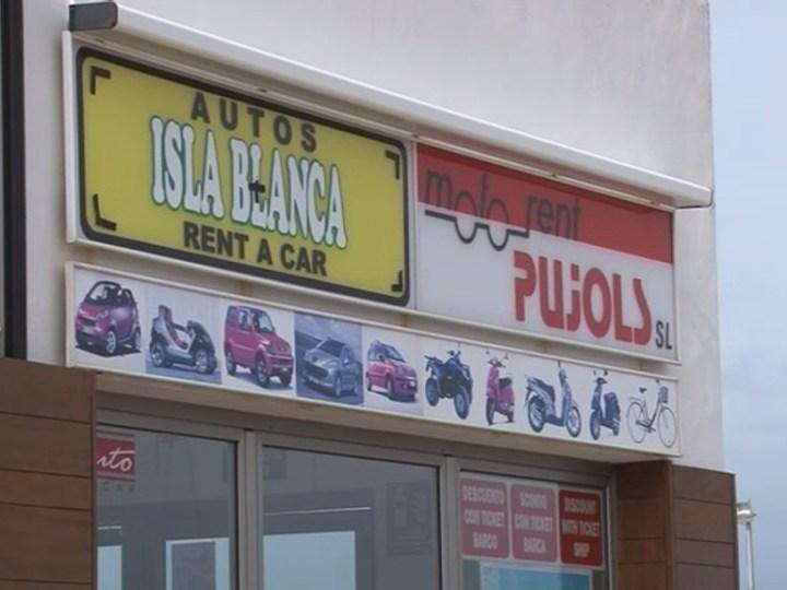 06/04 Les cases de lloguer de cotxes esperen una bona temporada a Formentera