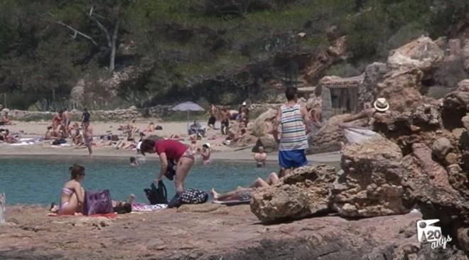 31/05 L'Ajuntament de Sant Antoni presenta mesures per millorar la convivència amb els turistes