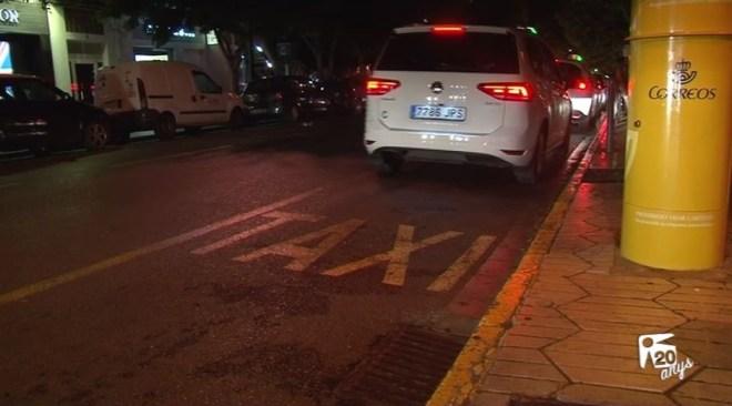 22/07 Els taxistes diuen que els ingressos han baixat respecte 2015