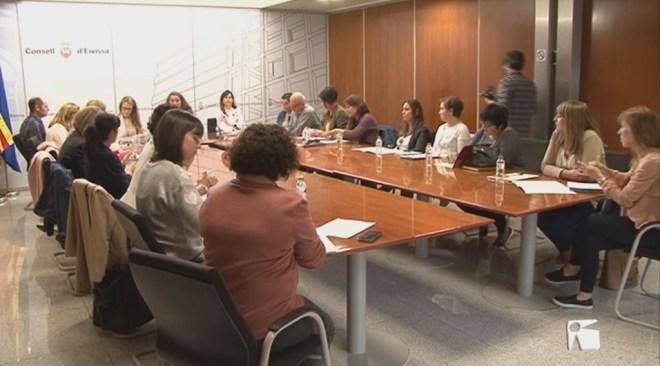21/04 El Consell d'Eivissa comprarà 40 pisos als bancs per a emergències socials