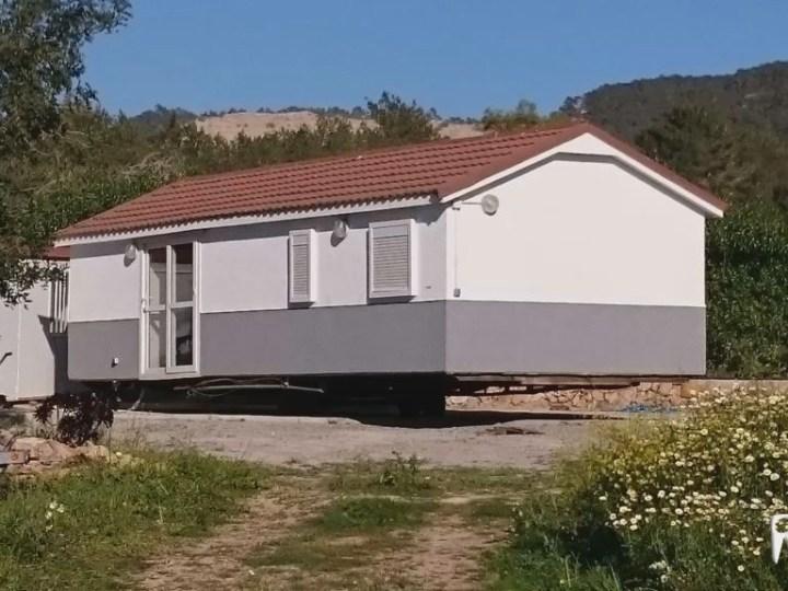 25/04 Vuit expedients per habitatges mòbils il·legals a Santa Eulària