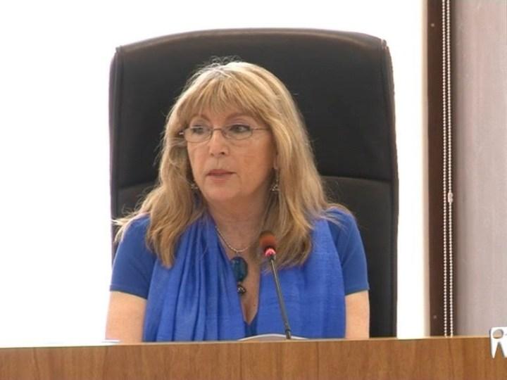 08/01 Un cas inexistent, tres alcaldesses i un 'Verano Azul'