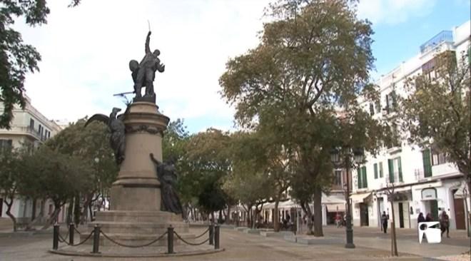 16/01 Els negocis de tota la vida tanquen a Vara de Rey i els lloguers arriben fins als 15.000 euros