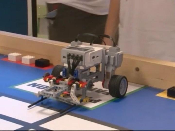 25/06 Un equip de Sant Josep guanya el torneig local de la World Robot Olympiad