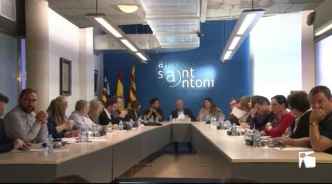 21/11 Sant Antoni adjudica la contracta de l'aigua a FACSA