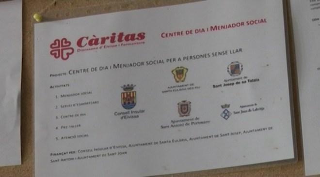 12/12 Creu Roja i Caritas fan el treball a les institucions