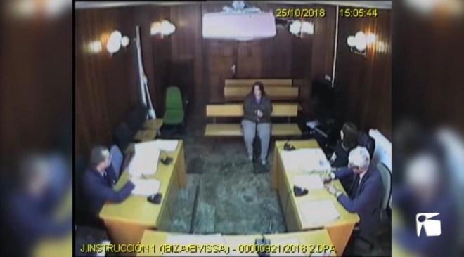 06/03/2019 Cristina Ribas diu que va ser el secretari qui va atorgar malament la llicència a l'empresa