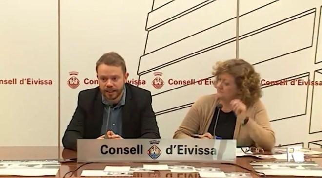 13/03/2019 Vicent Torres retira les competències d'esports al conseller David Ribas
