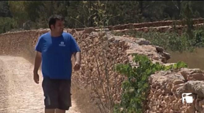 02/07/2019 Roben lloses de paret de pedra seca a Formentera