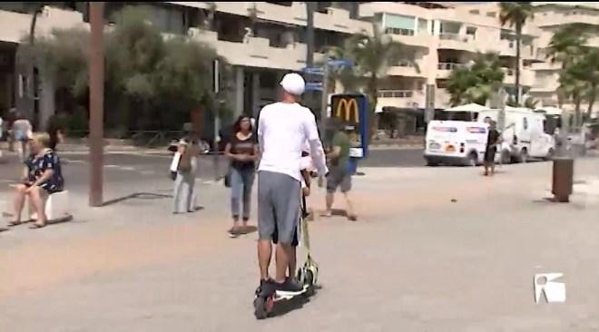 13/08/2019 Eivissa s'inunda de patinets elèctrics