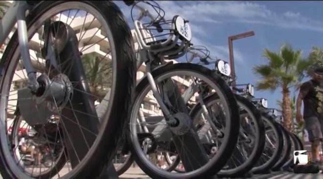 """29/08/2019 Comença a funcionar el lloguer de bicicletes """"ibizi"""""""