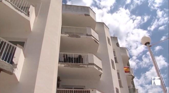 18/05/2020 Mor un home després de precipitar-se d'un quart pis a Sant Antoni