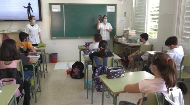 16/11/2020 2 docents i 34 alumnes positius en coronavirus