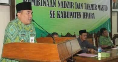 Bupati Jepara Ahmad Marzuki saat memberikan pengarahan. FOTO : DEDY SETYAWAN