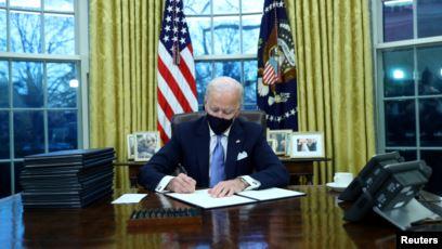 Presiden AS Joe Biden di Gedung Putih, Kamis (21/1).