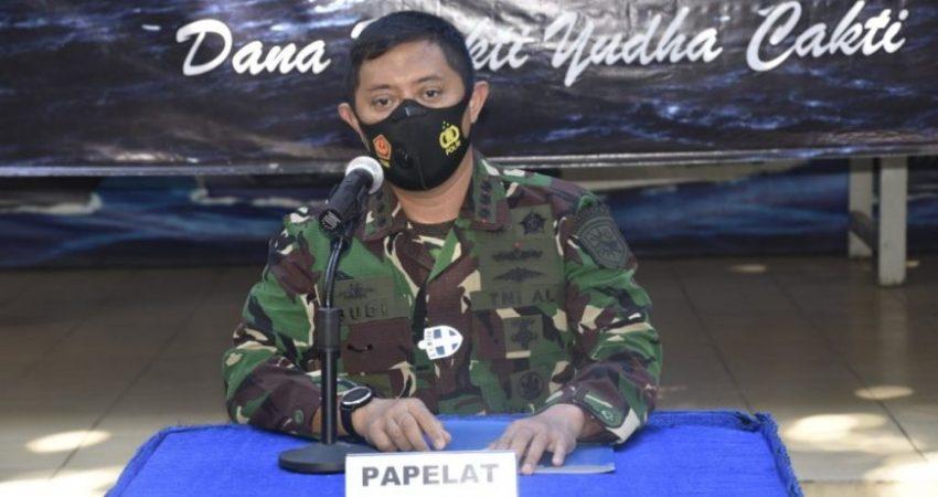 Dansatban KOARMADA II Kolonel Laut ( P) Budi Santosa saat pembukaan latihan