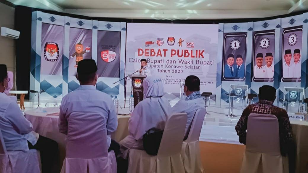 Tiga Paslon Pilbup Konsel Ikuti Debat Publik