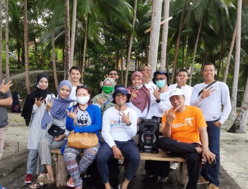 GenPI, Wakatobi dan Forum Pesisir Wakabibika melakukan aksi bakti sosial