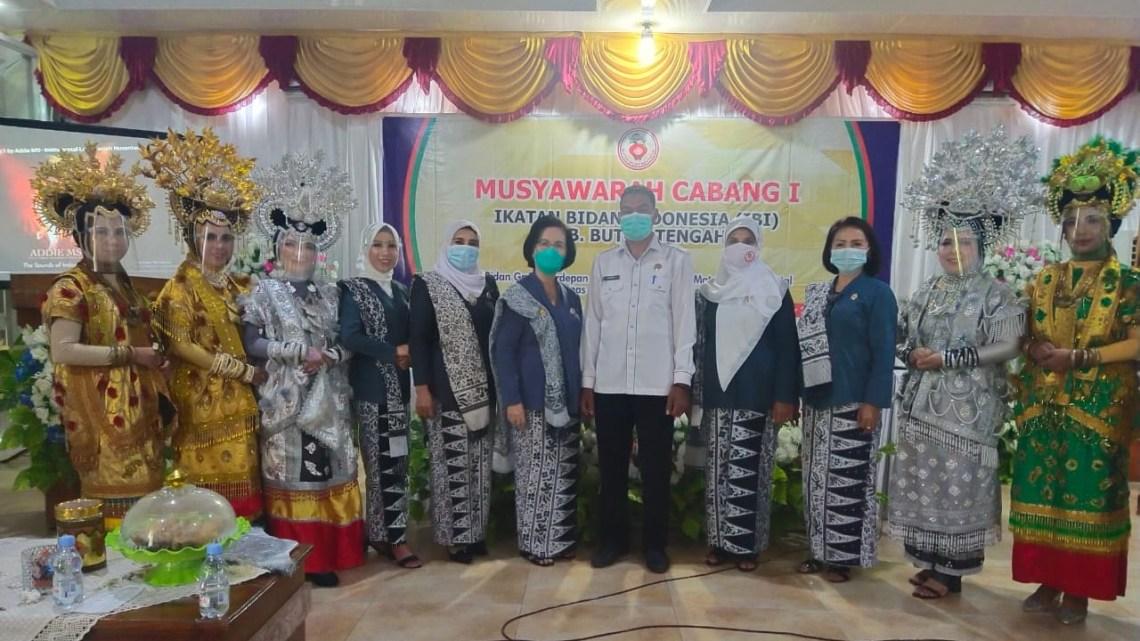 Foto bersama usai kegiatan Musyawarah Cabang