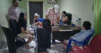 Lima Ibu Rumah Tangga di tangkap polisi karena bermain judi. FOTO : JERI