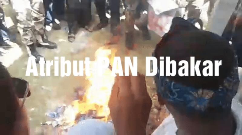 Video Atribut PAN Dibakar di Muna Barat