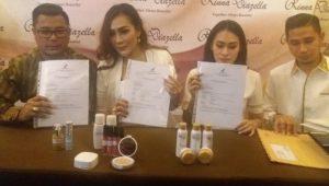 Launching di Kendari, Rinna Diazela Resmi Kantongi Sertifikat BPOM