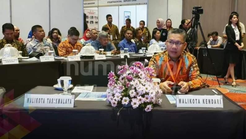 Walikota Kendari Sulkarnain Ikut Warmest Greetings