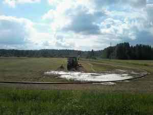 Внесение навоза на поля