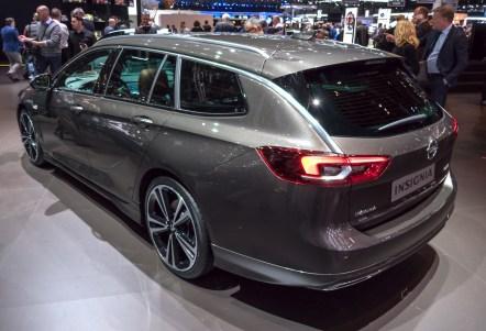 Opel Insignia bo tudi v karavanski različici.
