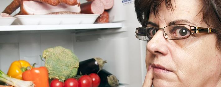 Гудит холодильник