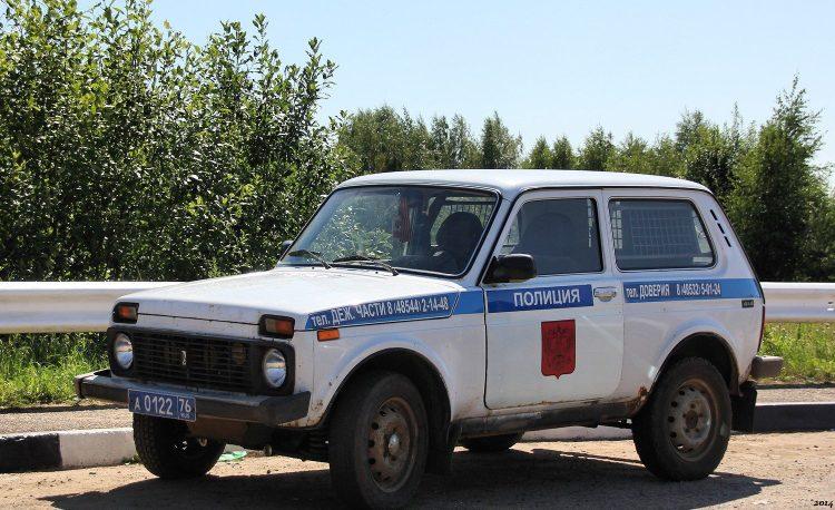 Автомобиль ВАЗ-2121 Нива-полиция