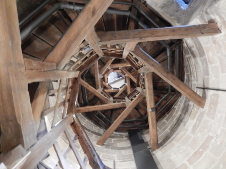 ...im Inneren des Sinnwellturms