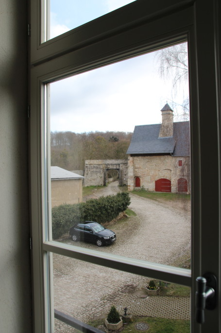Ausblick auf den Burghof