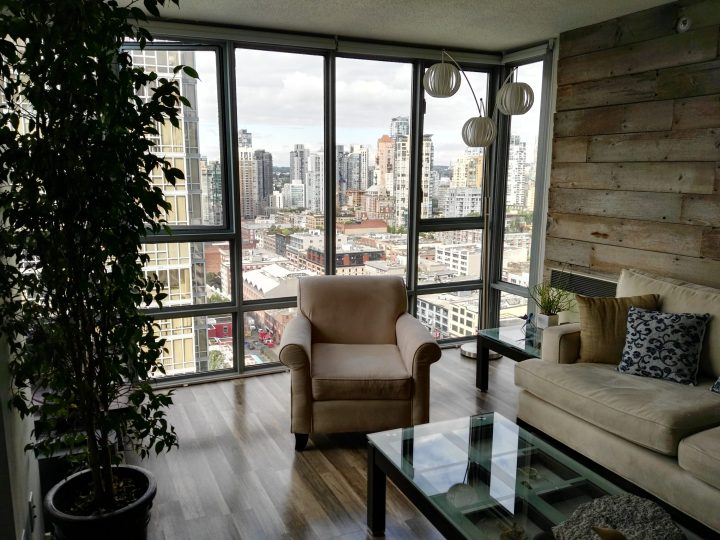 Apartment with a view in Vancouver
