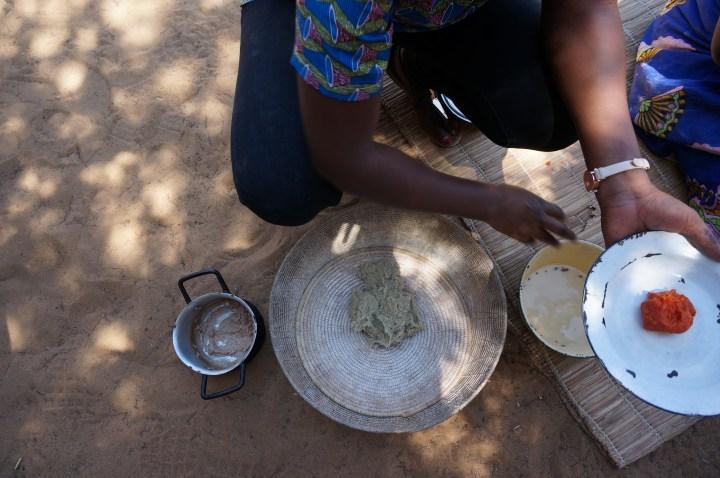 traditionelles Essen in Divundu